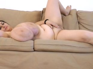 Alice, bbw with huge hanging udders